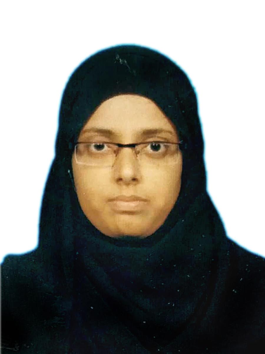 Fathima Jemisa R(211501742)BCA April 2018 Rank 16
